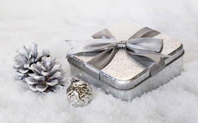 Gift Giving 400x250 - Blog